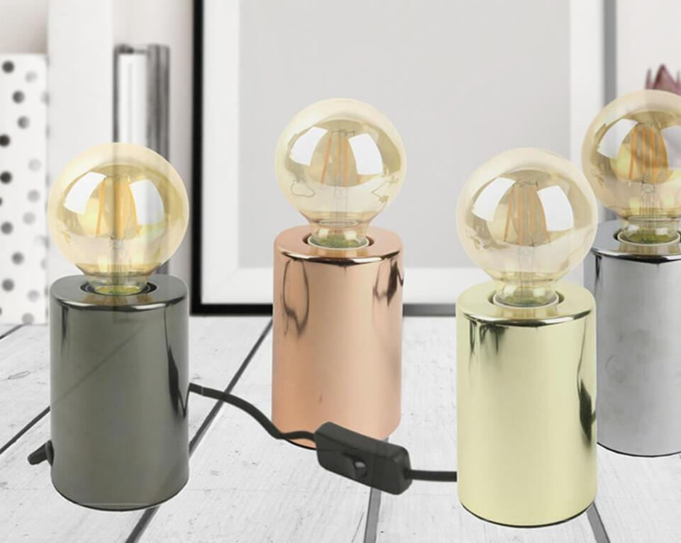 lámpara de mesa vintage con bombilla