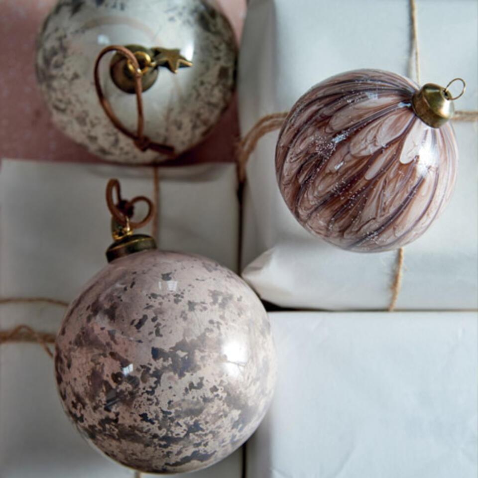 bolas de Navidad rosas