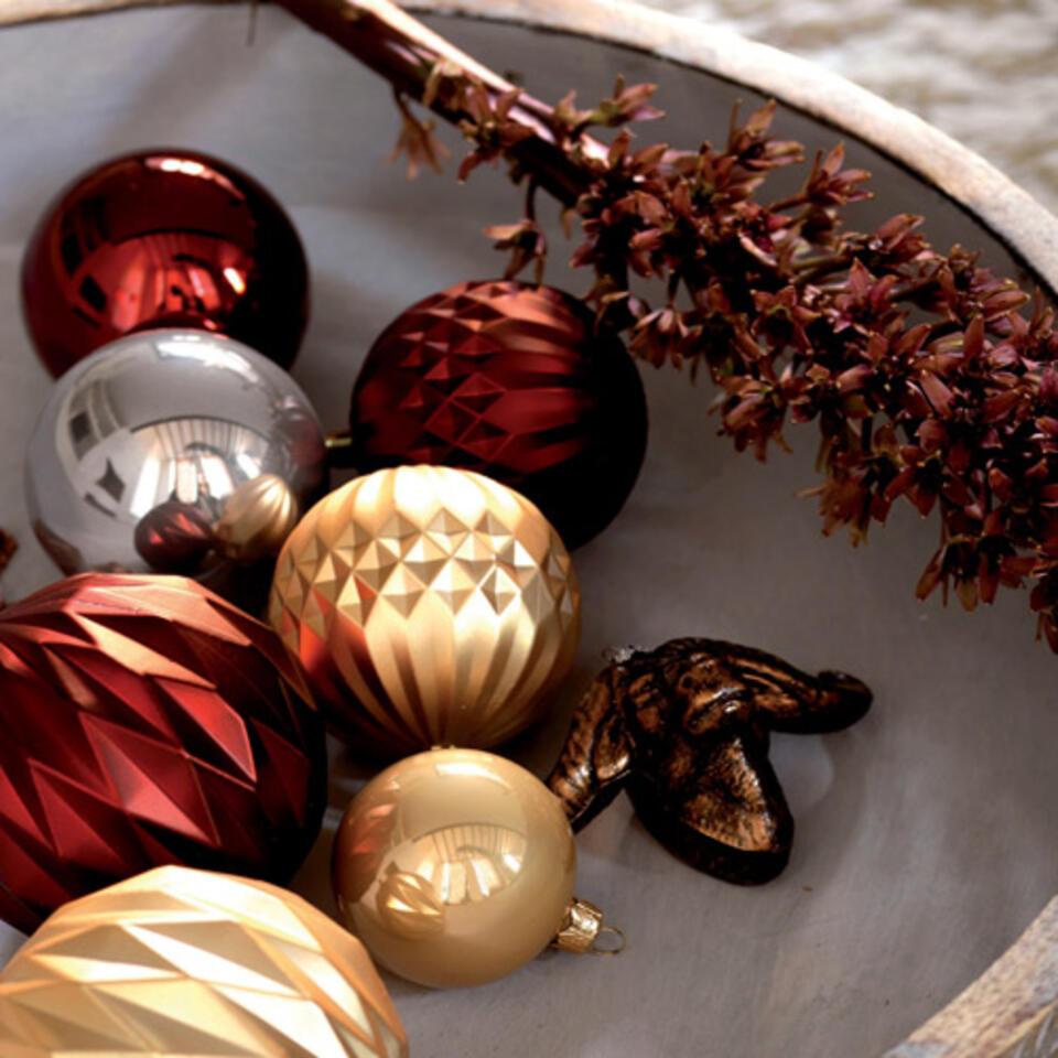 bolas de Navidad oro y marrón