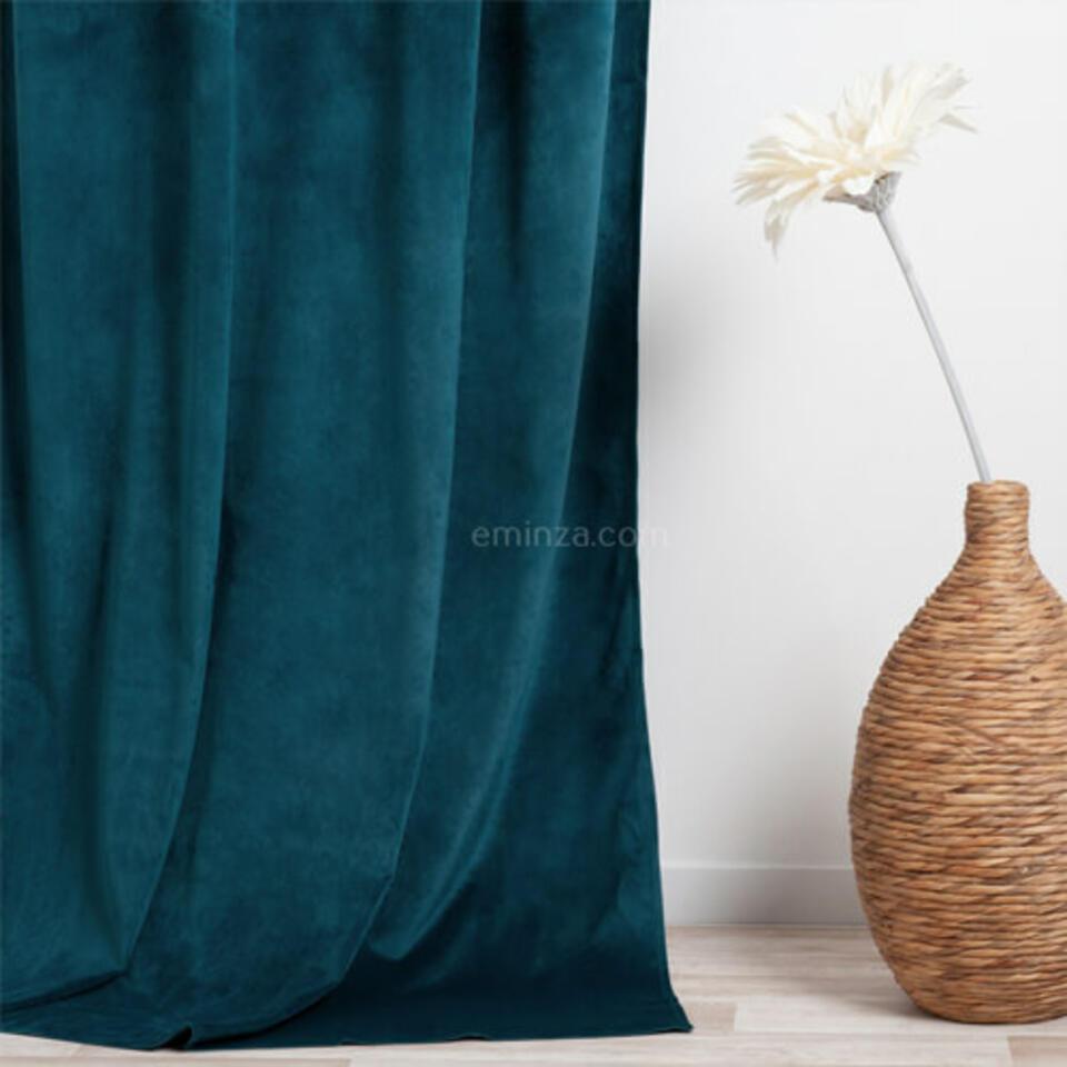 cortina de terciopelo azul trullo