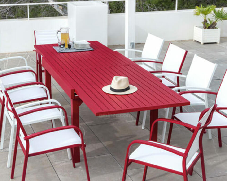 mesa de jardín de aluminio roja