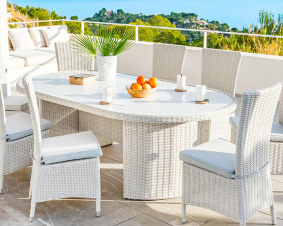 mesa de jardín de resina sintética blanca