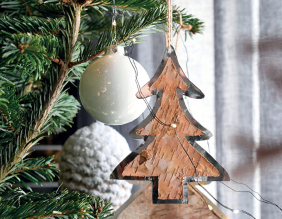 decoración árbol de madera