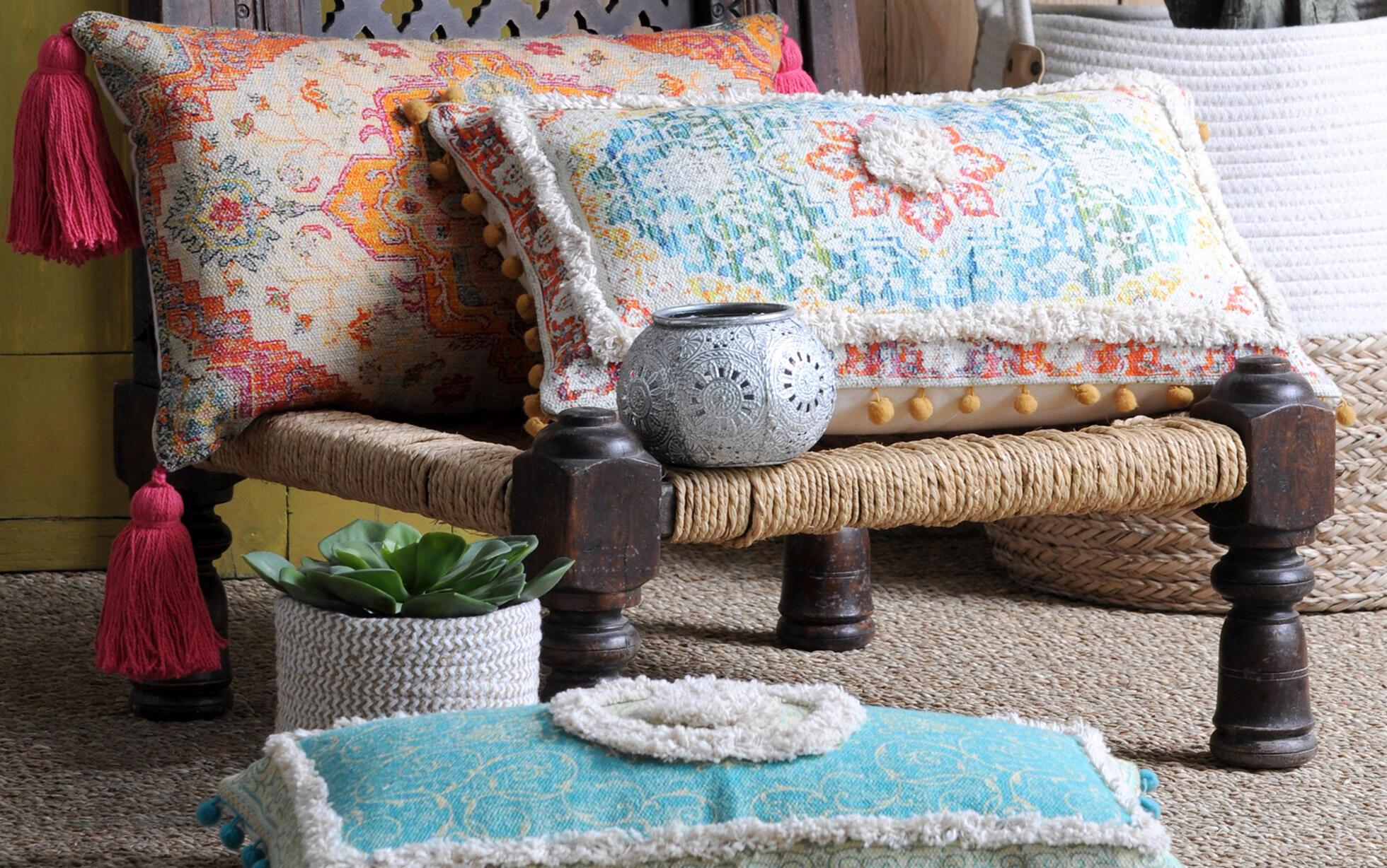 cojines coloridos estilo marroquí