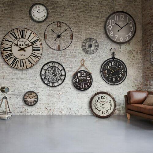 horloge de gare et industrielle